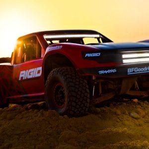 85086-4R Traxxas Ultimate Dessert Racer 4WD incl. LED